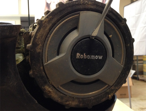 robomow-rad-entfernen