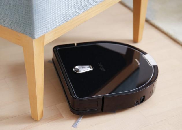 staubsaugen und wischen mit dem philips powerpro aqua staubsaugen und wischen auf castlemaker. Black Bedroom Furniture Sets. Home Design Ideas